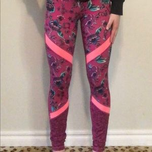 Old Navy Active Floral Leggings XS High waisted